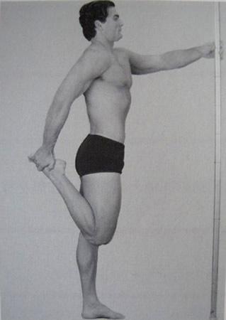 大腿の筋肉をのばすストレッチ
